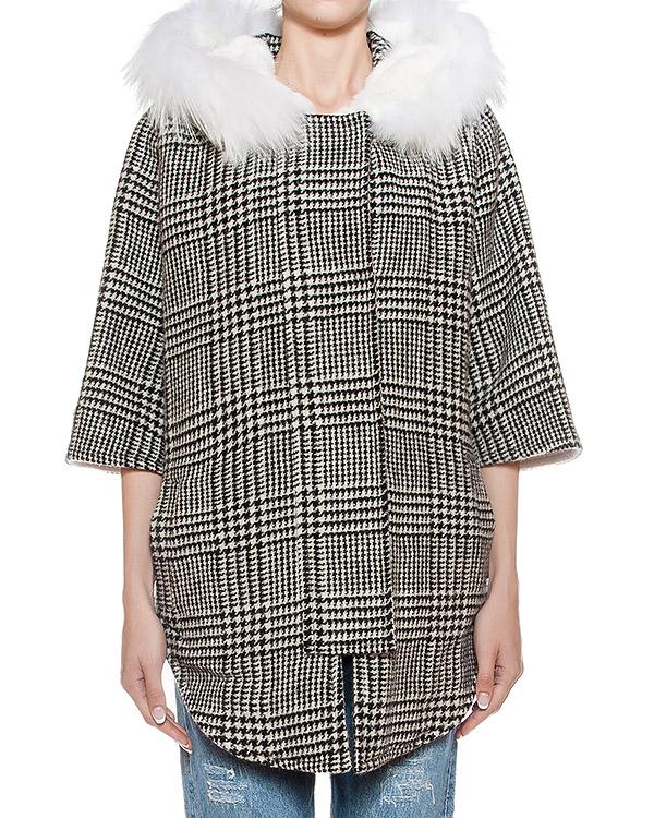 пальто из плотной шерсти с отделкой из натурального меха  артикул 14AAFW16 марки Ava Adore купить за 64500 руб.