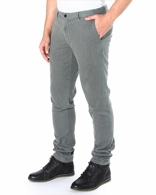 брюки из плотного мягкого хлопка, зауженного кроя артикул 14WCPUP01316-003289 марки C.P.Company купить за 9500 руб.