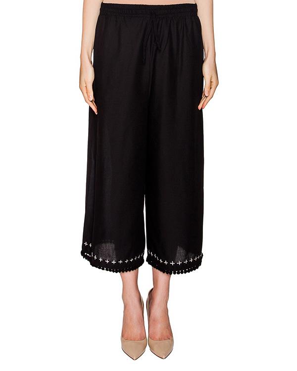 брюки свободного кроя из легкого хлопка, декорированы вышивкой и тесьмой с помпонами артикул 405 марки Holy Caftan купить за 9300 руб.