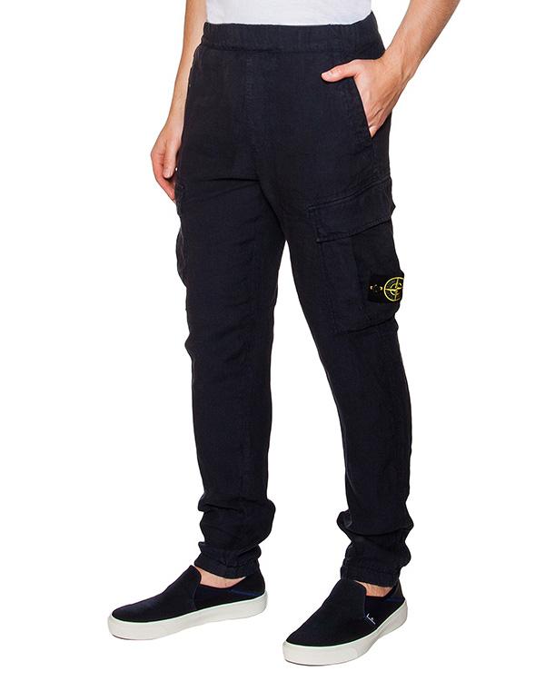 брюки льняные с фирменным патчем артикул 641531301 марки Stone Island купить за 13900 руб.