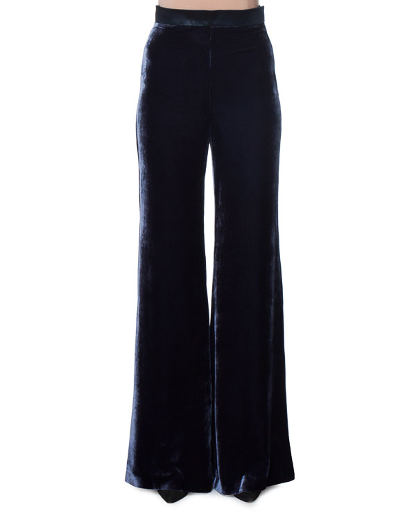брюки свободного кроя из бархата артикул AG3008 марки Mantu купить за 37500 руб.