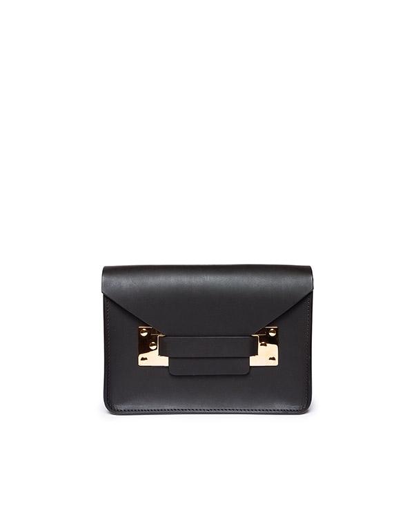 сумка из плотной матовой кожи с металлической фурнитурой артикул BG004LE марки Sophie Hulme купить за 18500 руб.