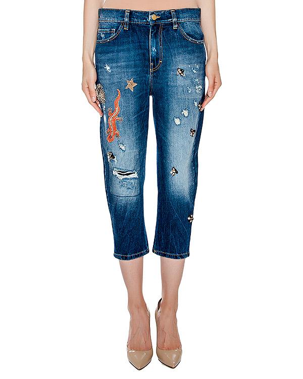джинсы укороченного кроя декорированы нашивками и аппликациями артикул BLS16610 марки Amen купить за 20800 руб.