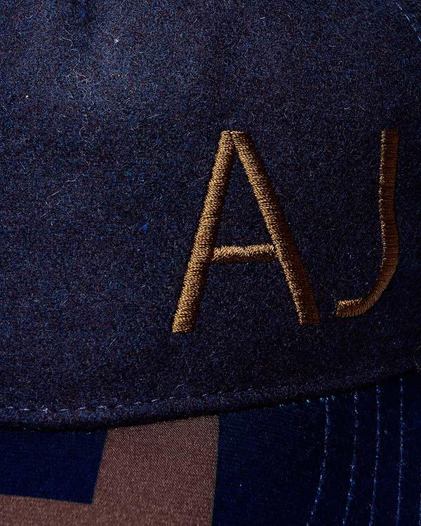 аксессуары бейсболка ARMANI JEANS, сезон: зима 2015/16. Купить за 2500 руб.   Фото $i