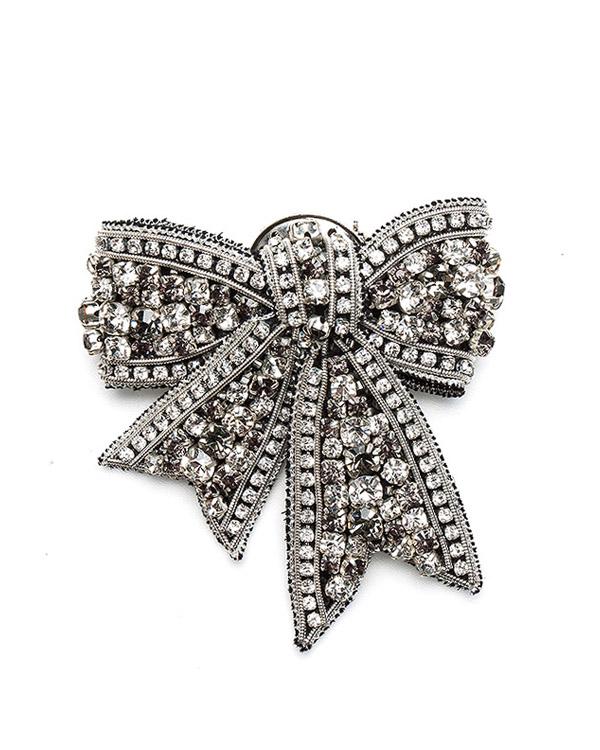 брошь из ювелирного сплава с отделкой кристаллами артикул BR50620 марки Dice Kayek купить за 17500 руб.