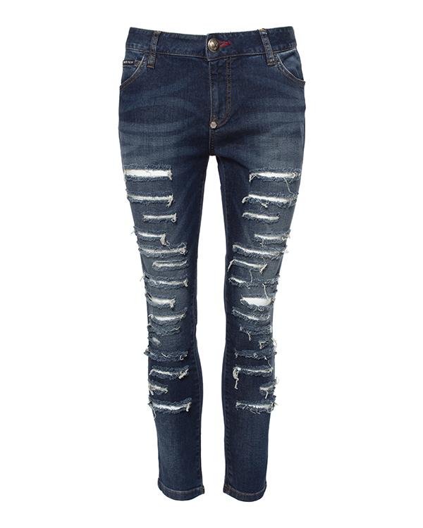 джинсы укороченного кроя из плотного денима, декорированы нашивками на карманах артикул CW593437-08AM марки PHILIPP PLEIN купить за 30600 руб.