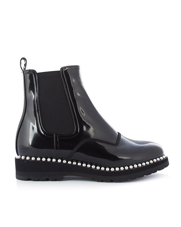 ботинки из лаковой кожи с отделкой декоративным жемчугом артикул DI3CX17001 марки Suecomma Bonnie купить за 21500 руб.