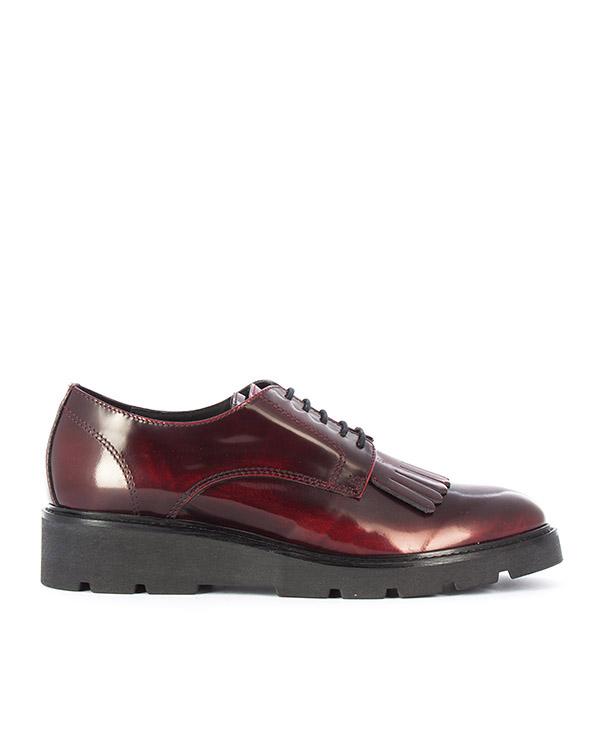туфли из плотной кожи с глянцевым блеском  артикул FELLYSHOE070515 марки P.A.R.O.S.H. купить за 16800 руб.