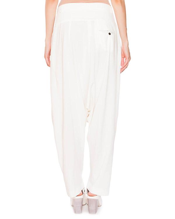 женская брюки Isabel Benenato, сезон: лето 2015. Купить за 33100 руб. | Фото 2