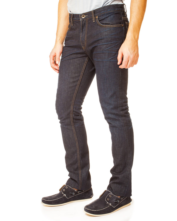 мужская джинсы JOHN VARVATOS, сезон: лето 2014. Купить за 7300 руб. | Фото 1
