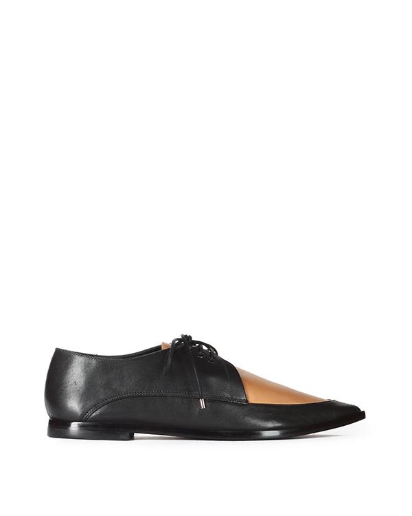 туфли с острым носом и контрастной вставкой песочного цвета артикул KER2015 марки TIBI купить за 16300 руб.