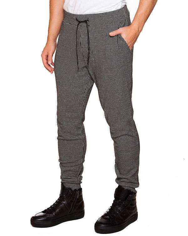 мужская брюки Obvious Basic, сезон: зима 2015/16. Купить за 11200 руб. | Фото 1