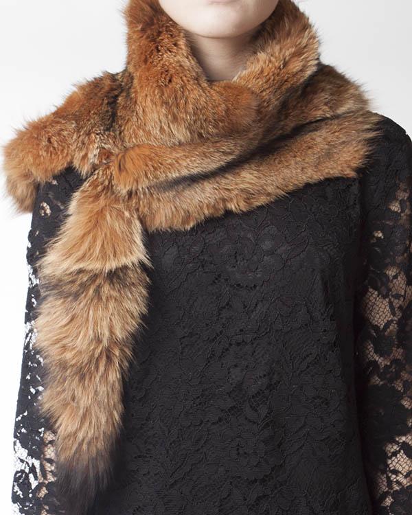 женская мех.воротник P.A.R.O.S.H., сезон: зима 2013/14. Купить за 7100 руб. | Фото 3