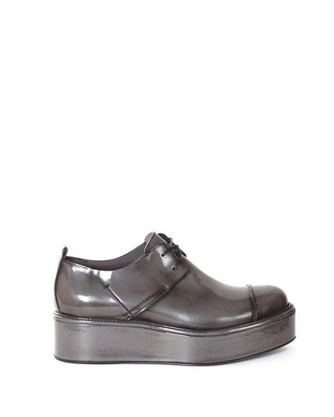 туфли из натуральной глянцевой кожи на толстой подошве артикул 1115923 марки CoSTUME NATIONAL купить за 19300 руб.