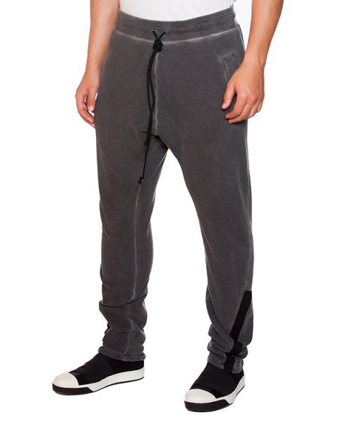 брюки в спортивном стиле из мягкого трикотажа артикул 16284673R марки Lost&Found купить за 19200 руб.