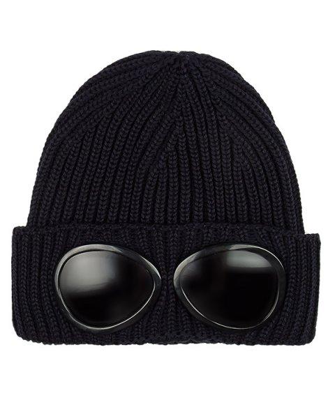 шапка вязаная с имитацией защитных очков артикул 16WCPUA05261 марки C.P.Company купить за 6000 руб.