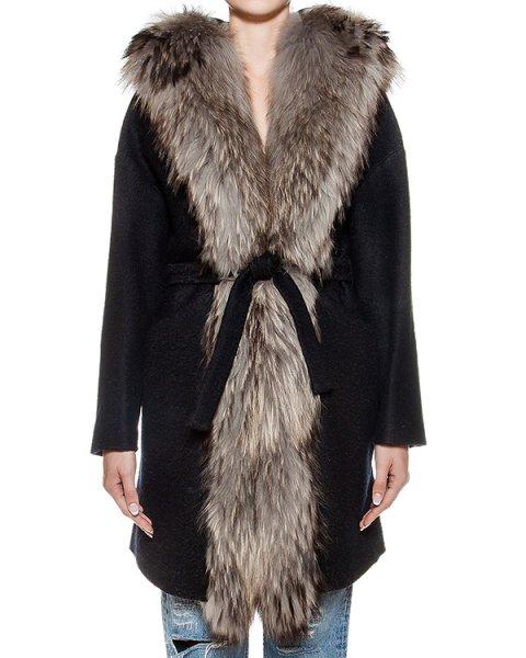 пальто из плотной шерсти с отделкой из натурального меха  артикул 17AAFW16 марки Ava Adore купить за 115300 руб.