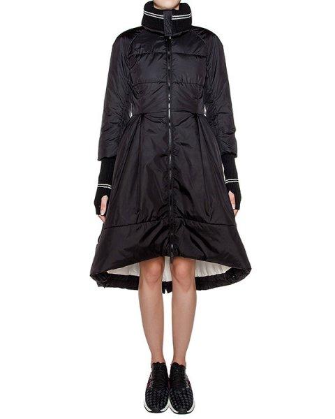 пальто приталенного кроя из водоотталкивающей ткани, дополнено трикотажными рукавами и воротником артикул 1I9107 марки Antonio Marras купить за 63800 руб.