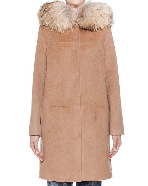 пальто из плотной шерсти и кашемира с отделкой из натурального меха  артикул 26AAFW16 марки Ava Adore купить за 92200 руб.