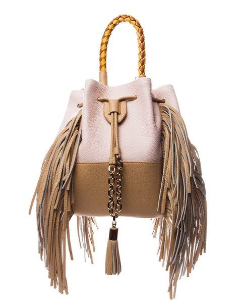 сумка из натуральной мягкой кожи, декорирорвана длинной бахромой и контрастной плетеной ручкой артикул B029MD марки Sara Battaglia купить за 52800 руб.
