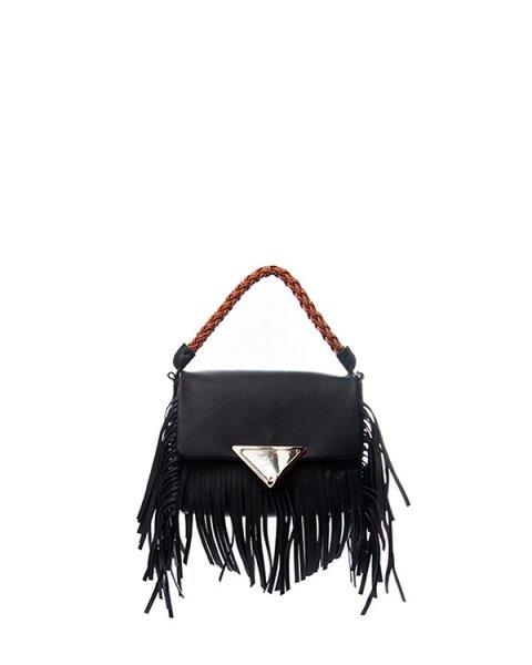 сумка из натуральной мягкой кожи, декорирорвана длинной бахромой и контрастной плетеной ручкой артикул B116 марки Sara Battaglia купить за 46200 руб.