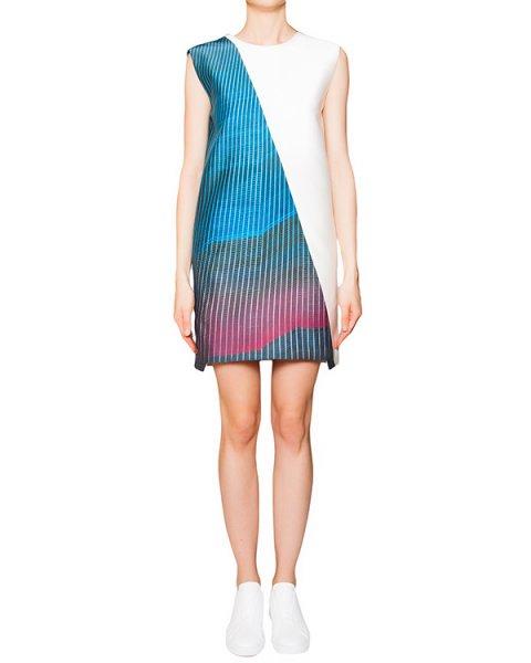 платье прямого кроя из плотного шелка и хлопка с ярким рисунком, открытая спина декорирована отворотами артикул CCW153326 марки Cocurata купить за 17800 руб.