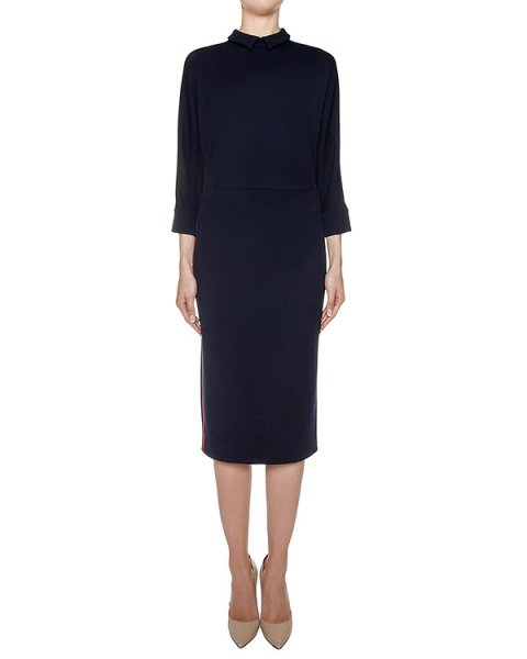 платье из мягкого шерстяного трикотажа, дополнен контрасты ми лампасами артикул D0851520 марки Graviteight купить за 74800 руб.