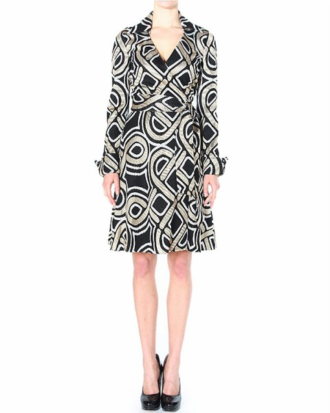 платье BRUNA из плотной фактурной ткани с объемной вышивкой артикул D893901 марки DIANE von FURSTENBERG купить за 27700 руб.