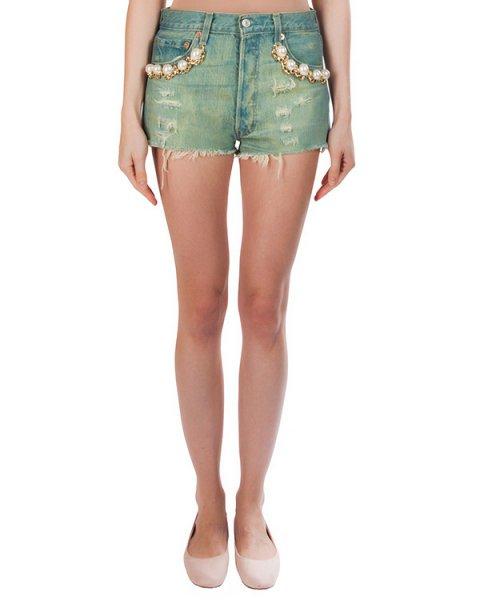 шорты из плотного потертого денима, декорированы крупными бусинами и цепью артикул FCSS1660 марки Forte Couture купить за 10700 руб.