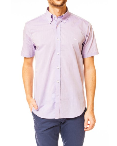 рубашка с коротким рукавом и эмблемой