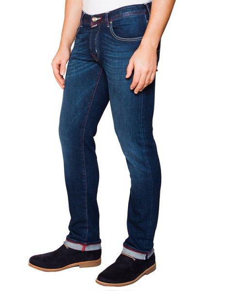 джинсы из плотного японского денима Kurabo; дополнены фирменным платком артикул J622 марки Jacob Cohen купить за 22200 руб.