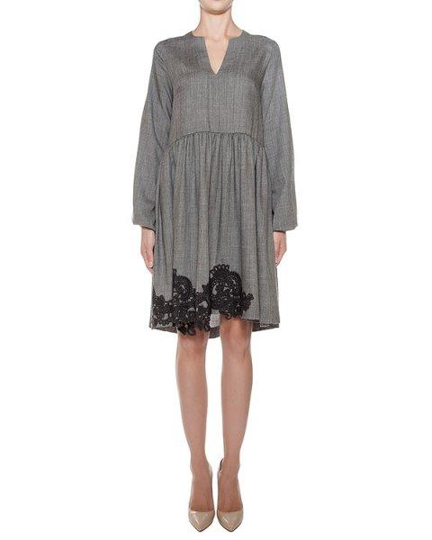 платье свободного кроя из тонкой вирджинской шерсти, украшено вышивкой артикул LEENA730173Z марки P.A.R.O.S.H. купить за 32400 руб.