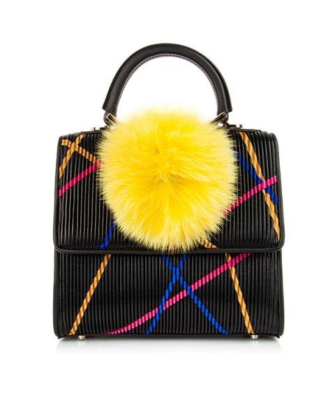 сумка из натуральной рифленой кожи, декорирована помпоном из меха лисы артикул MABW-TS1/V10 марки Les petits joueurs купить за 80000 руб.