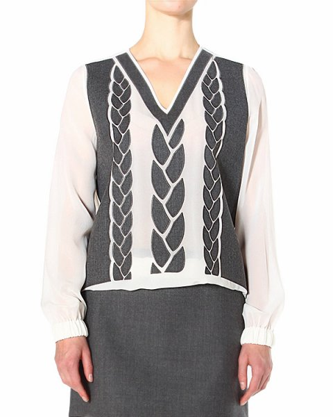 блуза с нашивной аппликацией в виде косиц артикул S45NC0187 марки VIKTOR & ROLF купить за 38600 руб.