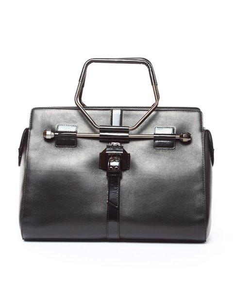 сумка из натуральной гладкой кожи с металлической фурнитурой артикул S45WD0024 марки VIKTOR & ROLF купить за 61100 руб.