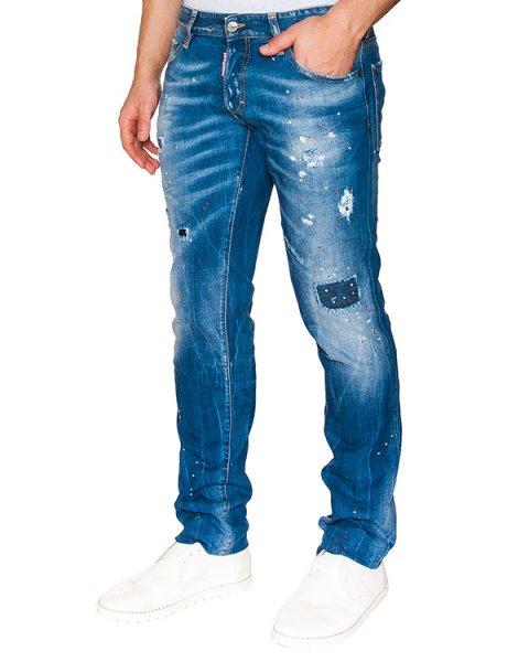 джинсы прямого кроя из плотного потертого денима с заплатками артикул S71LB0090 марки DSQUARED купить за 26400 руб.