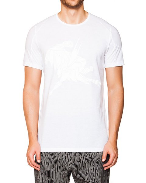 футболка из мягкого хлопкового трикотажа с рисунком в виде супергероя артикул TU0610 марки TOM REBL купить за 7300 руб.