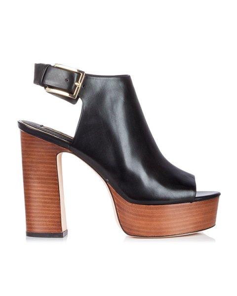 босоножки из гладкой кожи на толстом наборном каблуке и платформе артикул V8002 марки Rachel Zoe купить за 17800 руб.