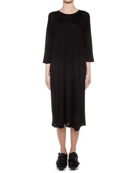 платье свободного кроя из тонкого трикотажа артикул ZU69JH067 марки ZUCCA купить за 10000 руб.