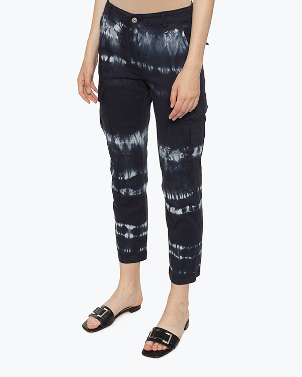 Женская брюки P.A.R.O.S.H., сезон: лето 2021. Купить за 19200 руб.   Фото 2