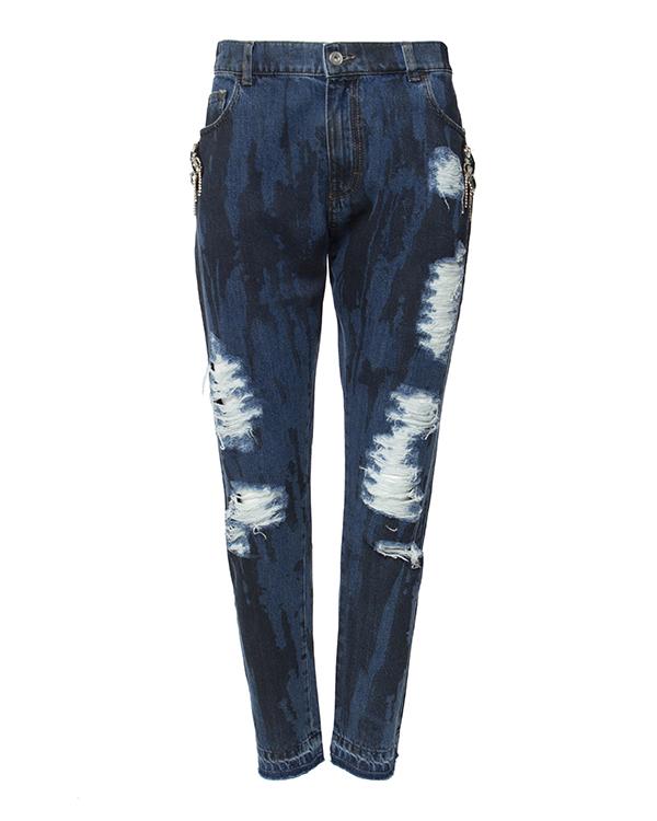 джинсы из потертого денима, украшены нашивками с кристаллами артикул F16MTR412CPA марки Marcobologna купить за 20300 руб.