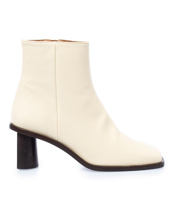 Rejina Pyo из кожи на архитектурном каблуке артикул  марки Rejina Pyo купить за 45000 руб.