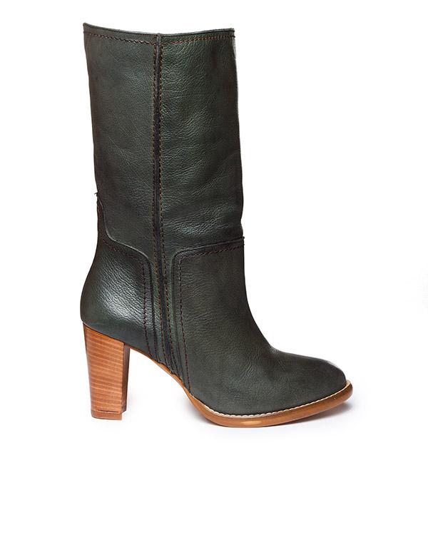 Essentiel из фактурой кожи на наборном каблуке артикул KERMAN марки Essentiel купить за 12800 руб.