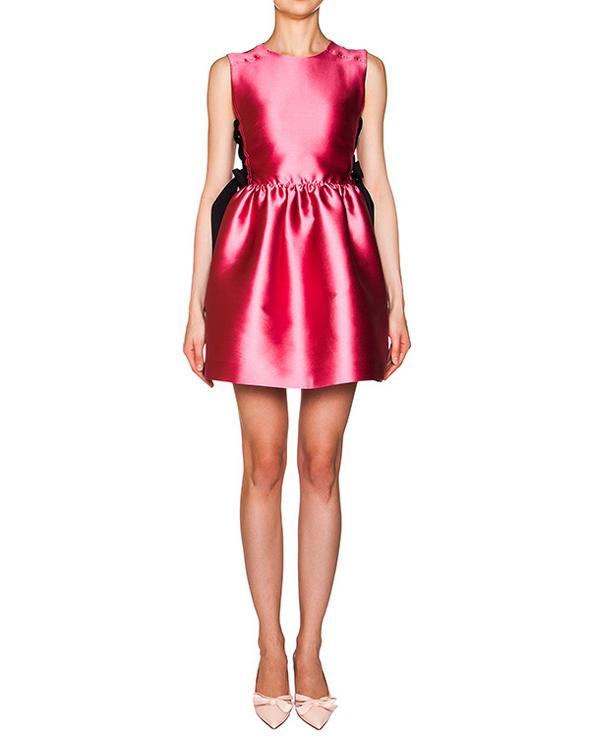 платье из плотного атласа; по бокам шнуровка в корсетном стиле артикул KR0VA2C51WF марки Valentino Red купить за 15000 руб.