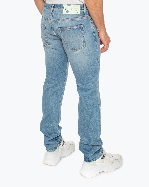 Мужская джинсы Off-White, сезон: лето 2021. Купить за 42200 руб.   Фото 3
