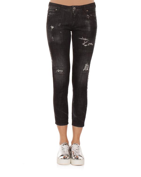 женская джинсы DSQUARED2, сезон: зима 2018/19. Купить за 9900 руб. | Фото 1