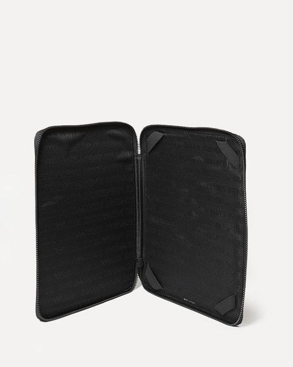 аксессуары чехол для iPad EMPORIO ARMANI, сезон: зима 2012/13. Купить за 5900 руб. | Фото $i